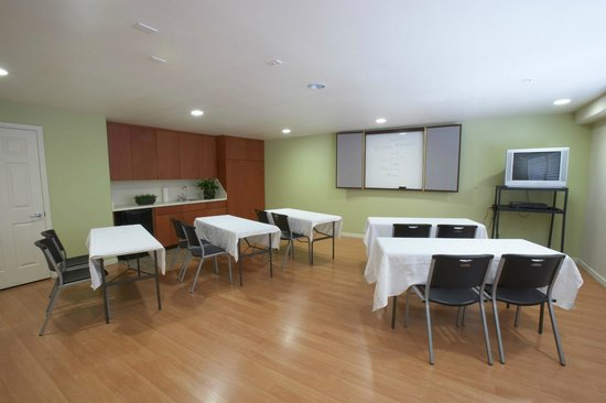 Premier Inns Tolleson : Conference Room