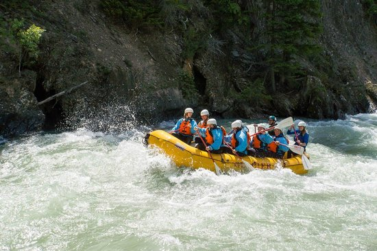 Glacier Raft Adventures Day Tours: Toby Creek Family White Water Rafting in Fairmont Hot Springs BC