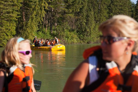 Glacier Raft Adventures Day Tours: Columbia River Scenic Float in Fairmont Hot Springs