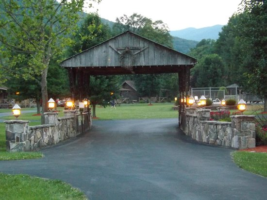 Smoke Hole Caverns Log Cabin Resort Updated 2017 Motel