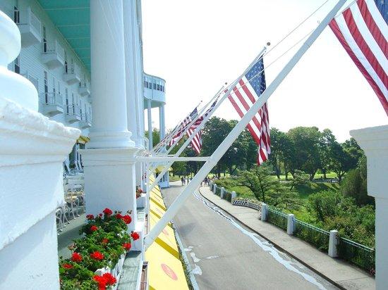 Grand Hotel: longest front porch