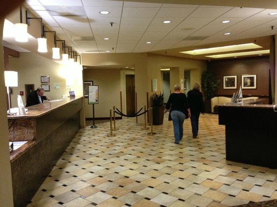 Holiday Inn Austin-Town Lake: Lobbby