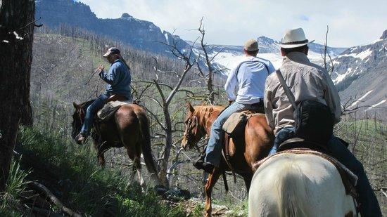 Blackwater Creek Ranch : Trail riding at 8,000 ft.