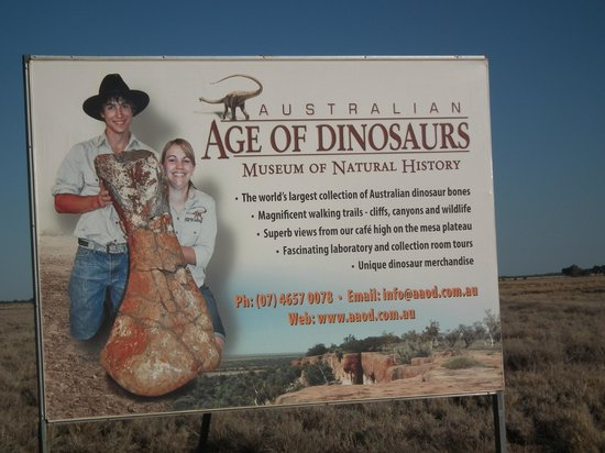 Australian Age of Dinosaurs: Entrance