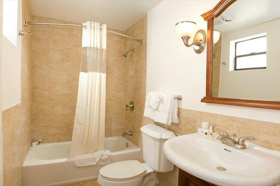 Hotel Brandwood: Bath