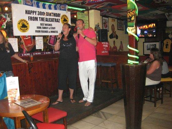 Alcatraz International Bar: We think we can sing...