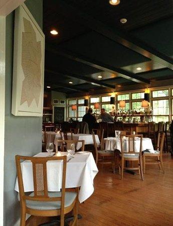 Mezze Bistro & Bar: The bar at Mezze