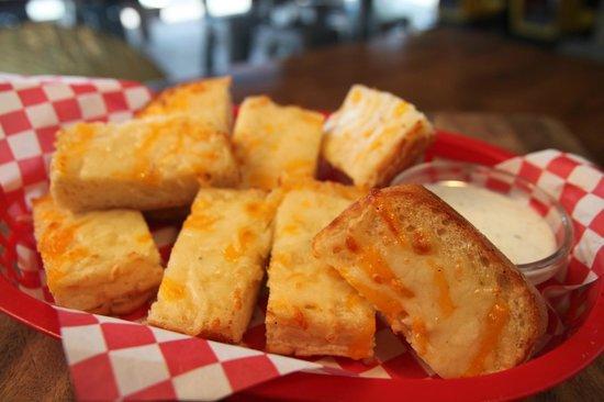 Blue Dog Gourmet Pizza: Cheesy Bread