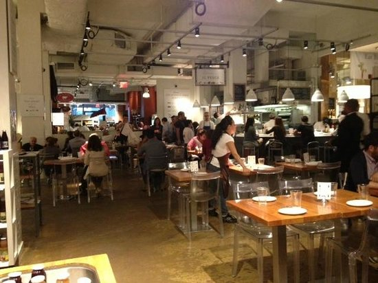 Eataly Il Pesce Dining Area