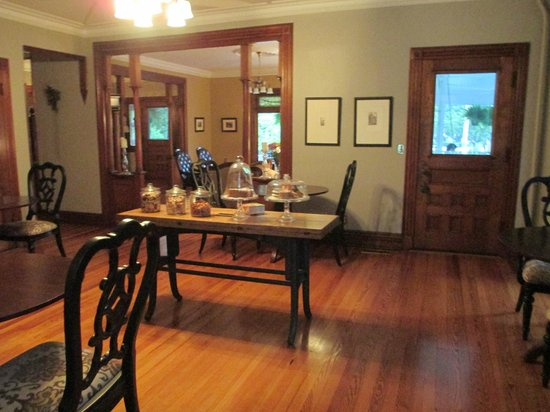 Fordham House: Dining Area