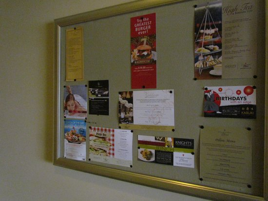 Stamford Plaza Auckland: The informal notice board