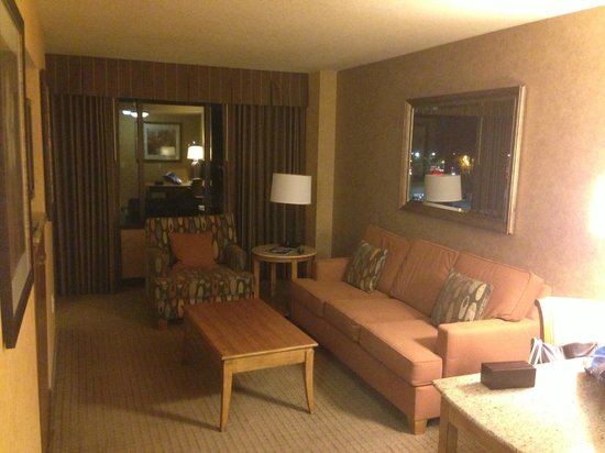 lounge picture of doubletree suites by hilton hotel. Black Bedroom Furniture Sets. Home Design Ideas