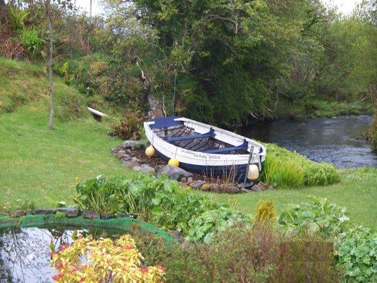 Carrick Bed and Breakfast: Garden area