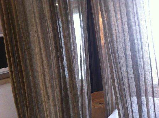 Hidden Hotel by Elegancia: Bed