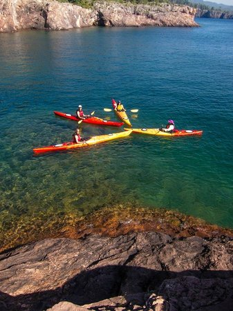 North Shore Expeditions -Day Kayaking Tours : Kayaking on Lake Superior