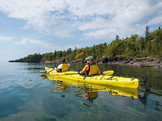 North Shore Expeditions -Day Kayaking Tours: Kayaking the Lake Superior coast at Pigeon Bay