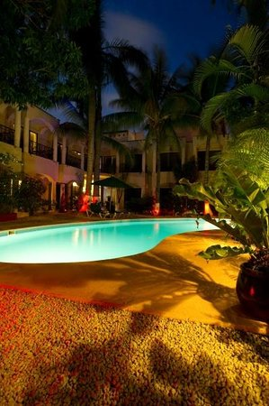 Hacienda Paradise Boutique Hotel by Xperience Hotels: Out door pool