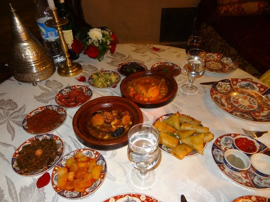 Riad Kniza: Yummy Dinner