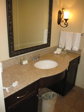 Homewood Suites by Hilton Las Vegas Airport: Bedroom 1 - Sink