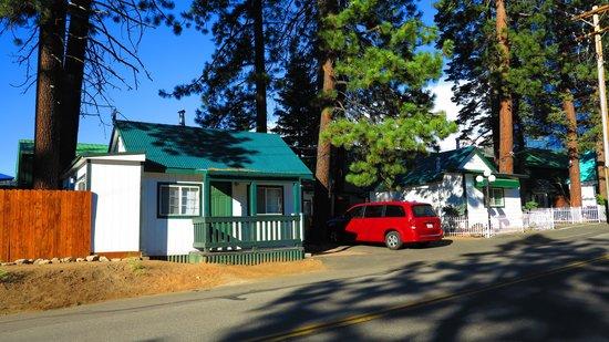 Doc's Cottages : Docs Cottages