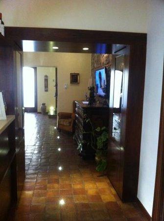La Plumeria Hotel: Lobby