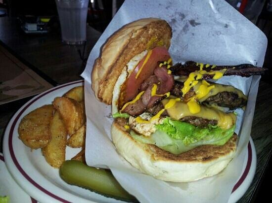 Gordie's Hamburger: the special