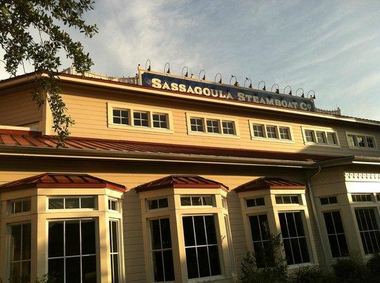 Disney's Port Orleans Resort - Riverside: Sassagoula Steamboat Co