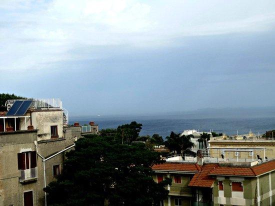 Hotel Caravel Sorrento: Ausblick vom Balkon