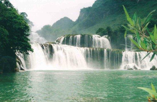 Hanoi Serendipity Hotel : Tour orgnization to Ban Gioc