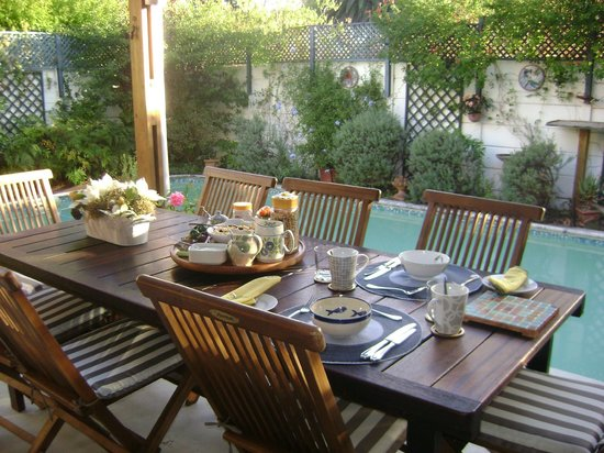 Glenhaven Cottages: Breakfast