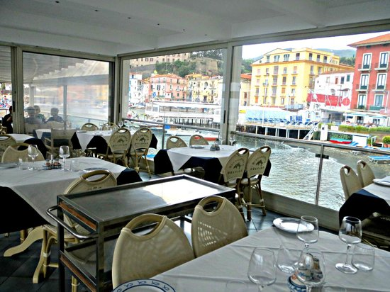 Ristorante Bagni Delfino: Restaurant