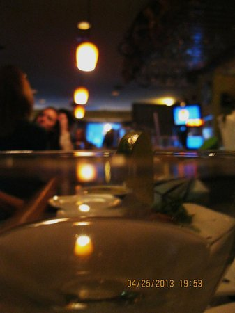 Irises Cafe and Wine Bar : really great ambiance here
