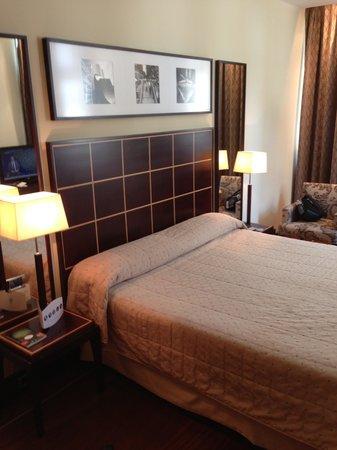Eurostars Grand Marina Hotel: Deluxe Room