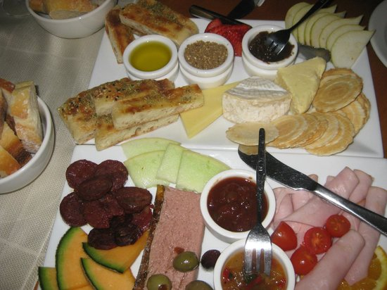 Brookwood Cafe : Wonderful Gourmet Platters