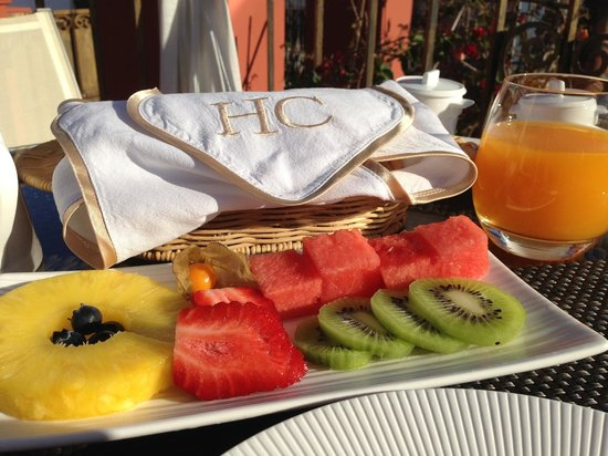 Hotel Claude Marbella: breakfast on the roof terrace
