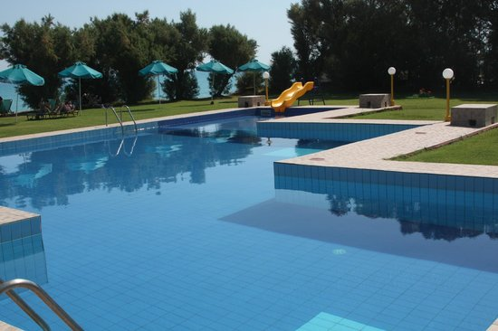Hotel Arion: The pool