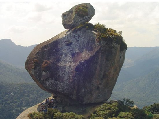 Pedra do Peito de Pombo