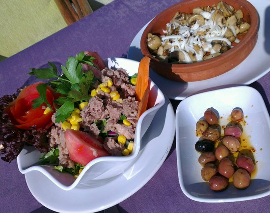 Panorama Restaurant : A simple lunch - beautifully presented.