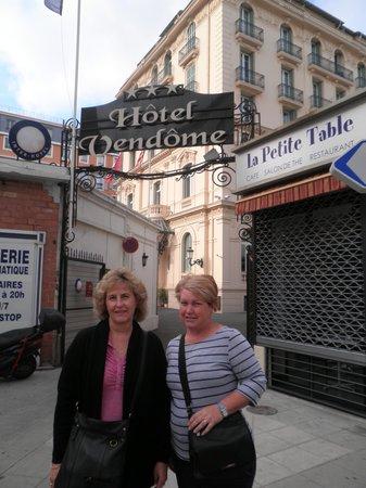 Hotel Vendome : Hotel foyer.