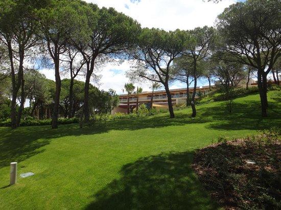 EPIC SANA Algarve Hotel: sehr gepflegtes Hotelgelände