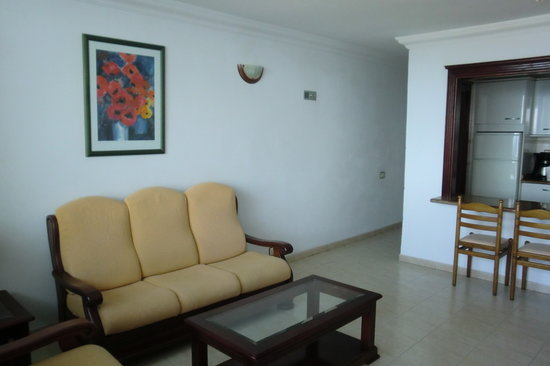 LABRANDA Los Cocoteros: Living Area from doorway