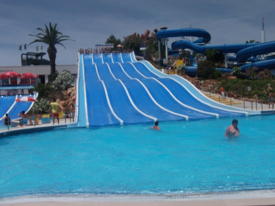 Slide & Splash - Water Slide Park: So much fun!