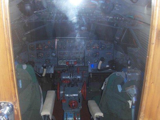 Sant'Egidio alla Vibrata, İtalya: caravelle cockpit conserveto