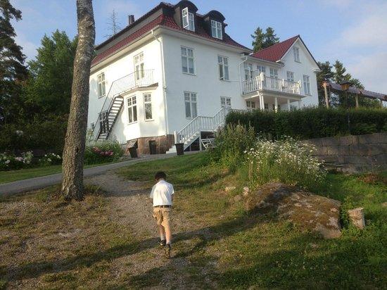 Villa Braviken: Вид со стоянки