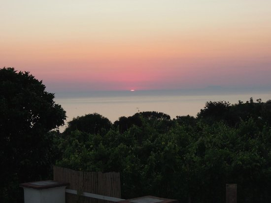 Tenuta del Poggio Antico : tramonto dalla camera