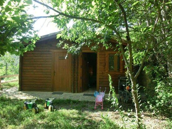 Mas de Borras: cabaña vista desde fuera, tiene dos habitaciones