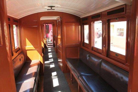 Don River Railway: L'interno di un vagone
