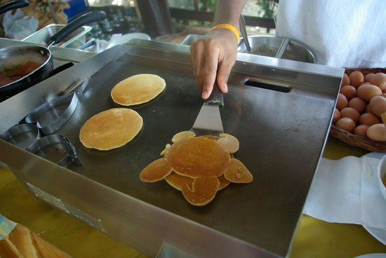 Salad Beach Resort: Pancake du matin