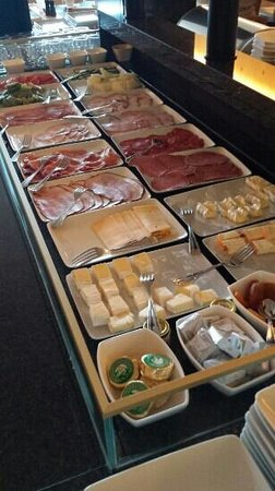 Hotel Riant Sejour : ontbijt-buffet