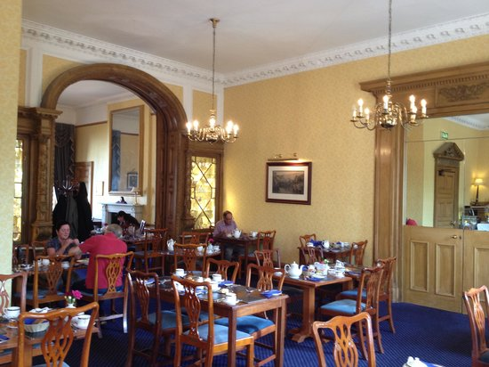 "The Royal Scots Club: Lovely dining room with delicious ""cooked breakfasts"""